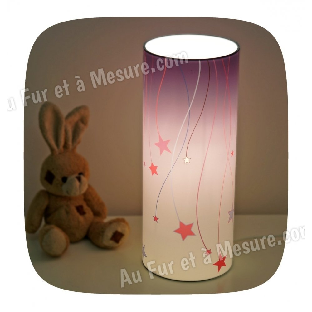 Lampe de chevet enfant violette etoile filante piculus for Lampe de chevet violette
